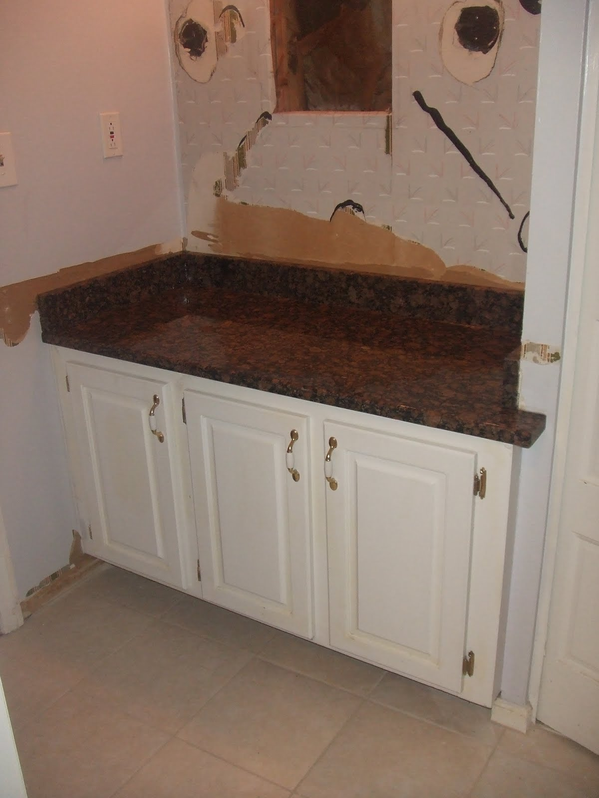 Granite Bathroom Countertops with White Cabinets