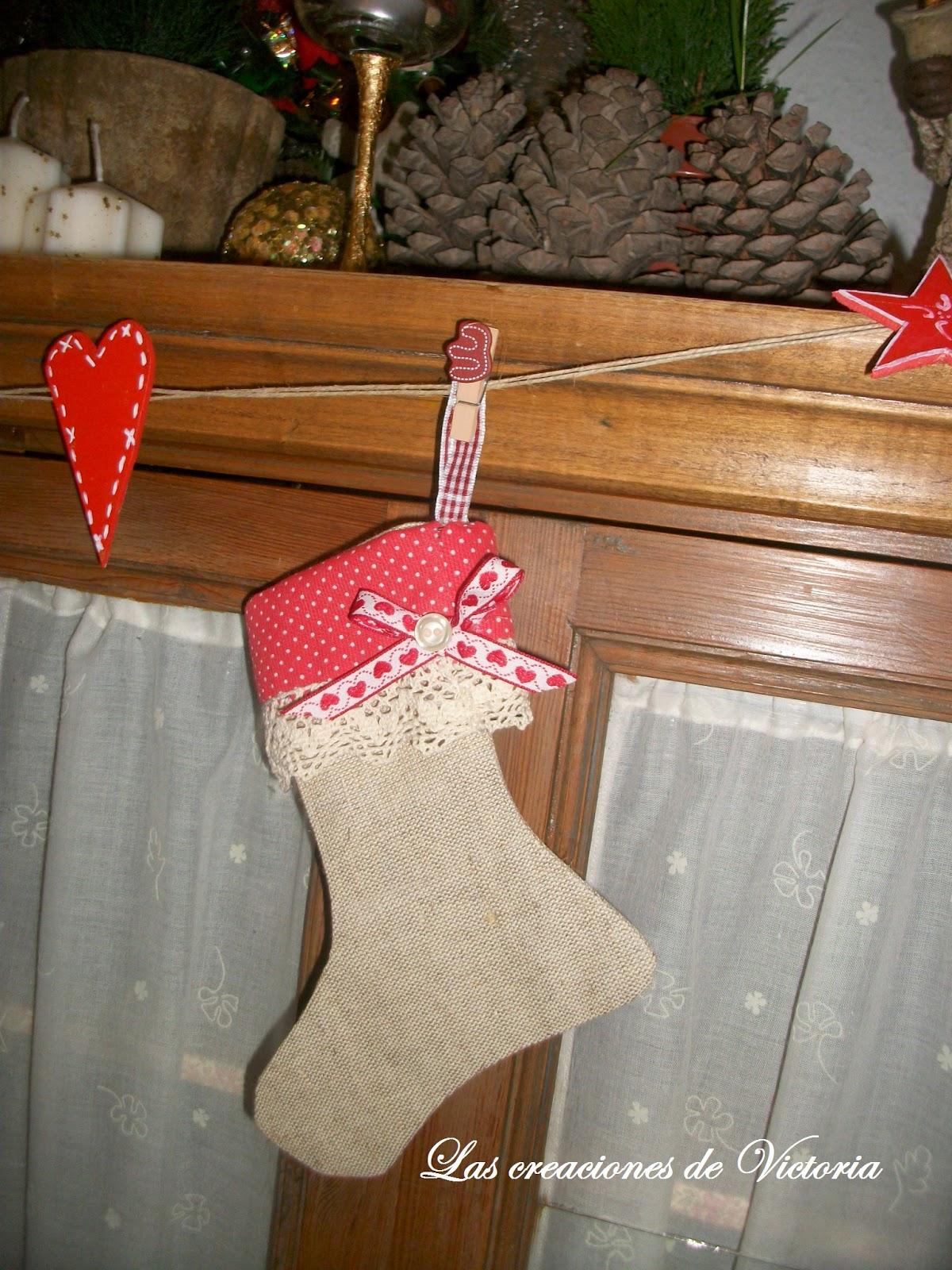 Las creaciones de Victoria. Patchwork. Guirnalda de calcetines navidad.Reciclaje.