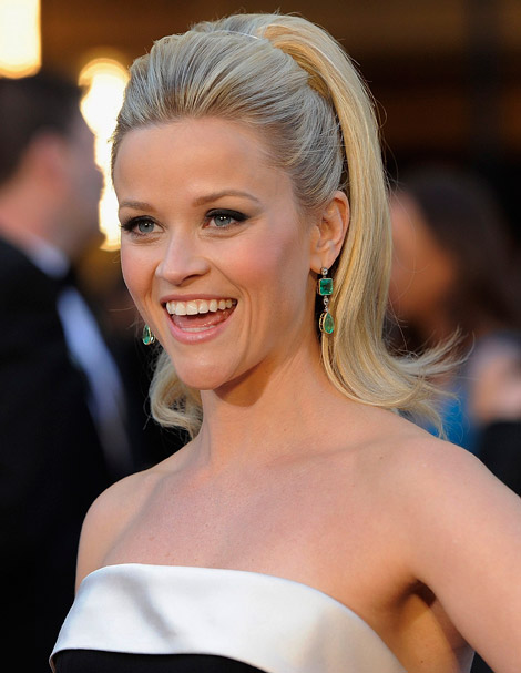 reese witherspoon oscars dress. reese witherspoon oscars hair