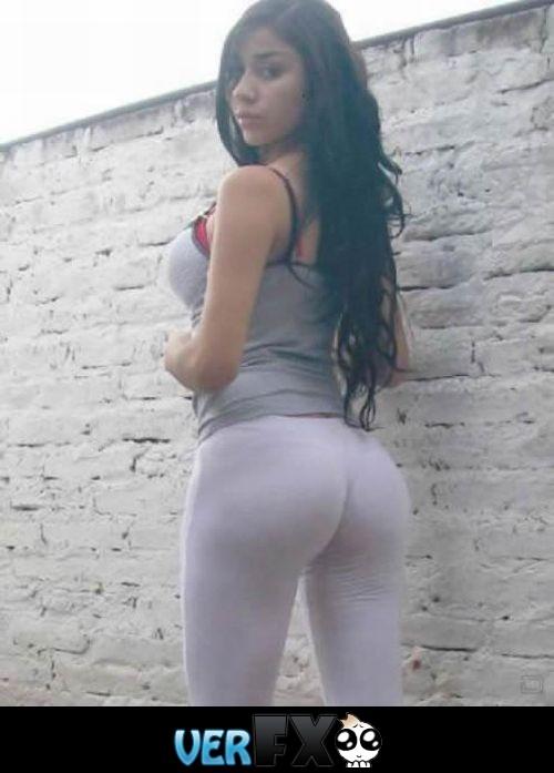Girls Tight Pants Ass