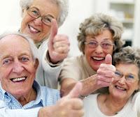 İhtiyar Erkekler Yaşlı Kadınlar Dedeler Nineler