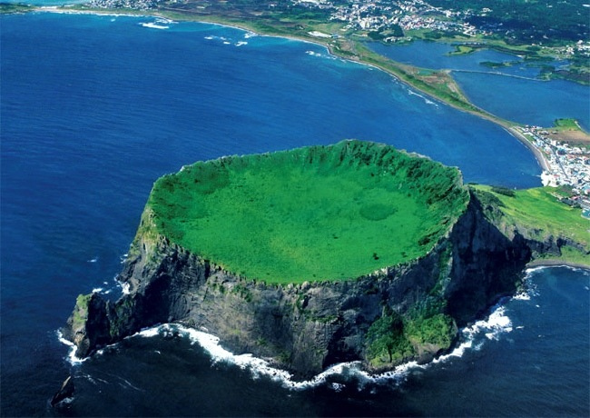 Jeju Island South Korea  city images : Jeju Island South Korea | The Seven Natural Wonders Of The World