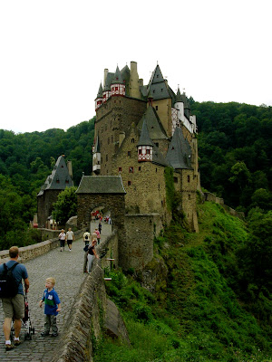 Walk to Burg Eltz Castle, Germany