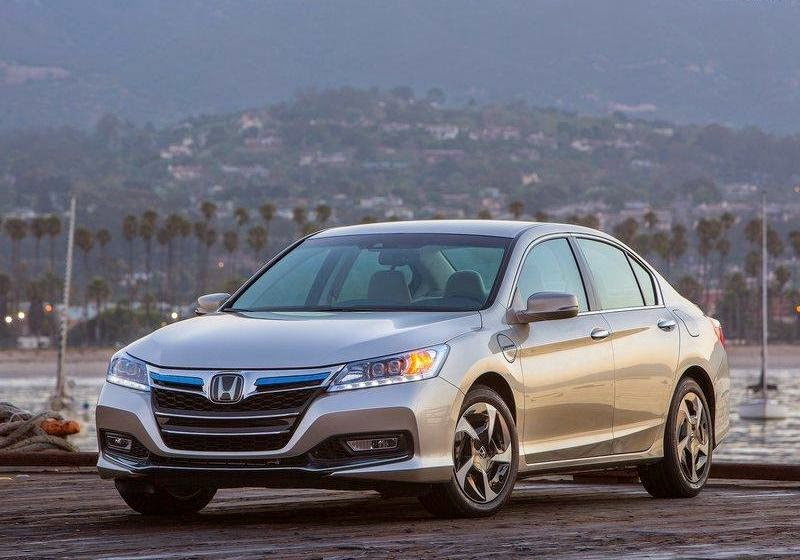 2015 honda accord performance and safety reviews. Black Bedroom Furniture Sets. Home Design Ideas