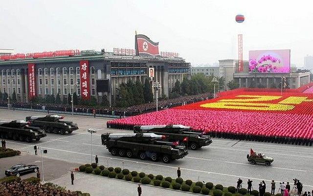 Desfile militar con misiles Musudan en Corea del Norte