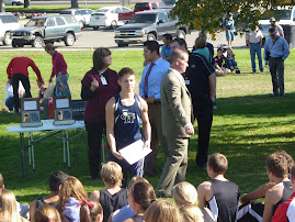 Rye receiving his award for being 1st in boys region