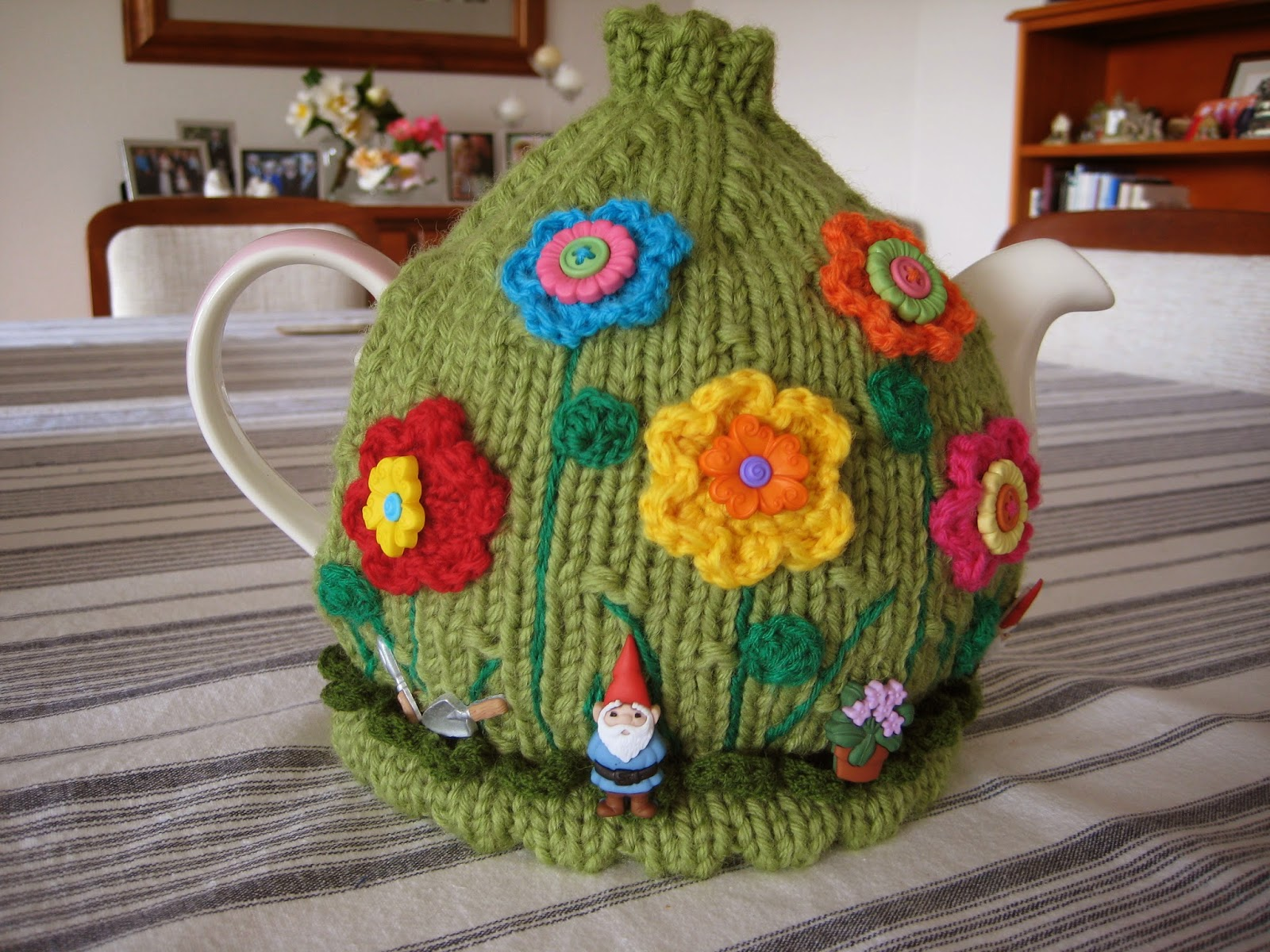 Wendy\'s quilts and more: Winning Tea Cosies