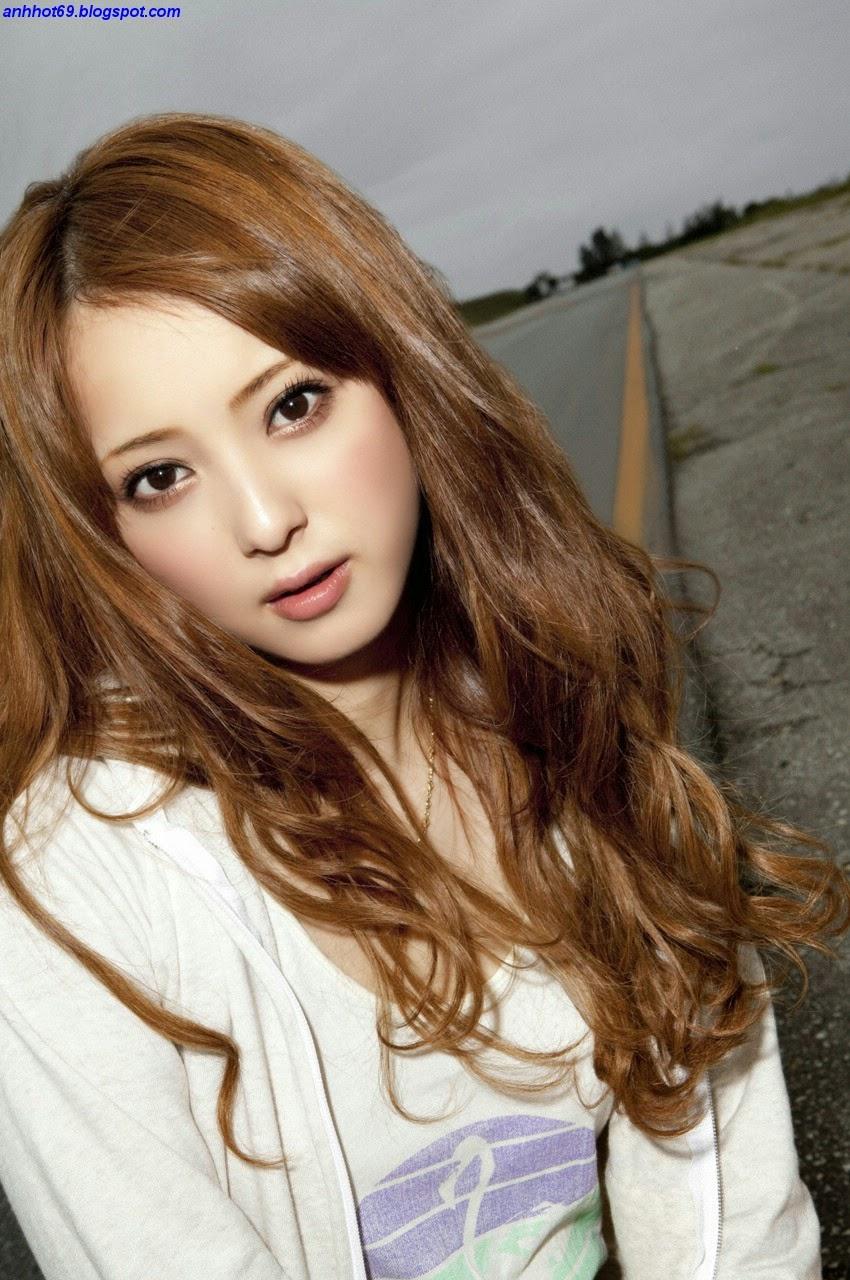 nozomi-sasaki-00633640