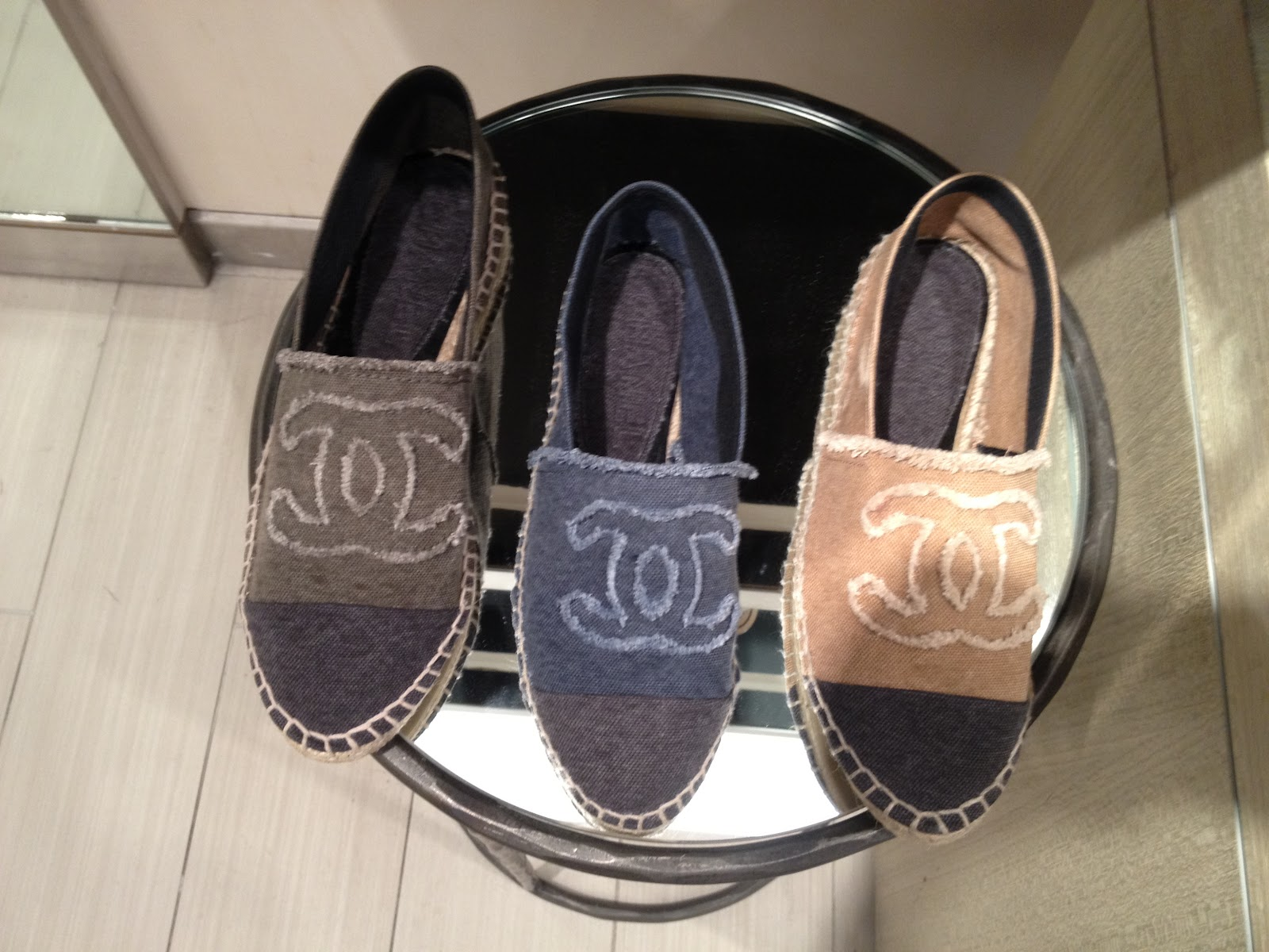 WISH LIST ALPARGATAS SUMMER 13 CHANEL VS VALENTINO