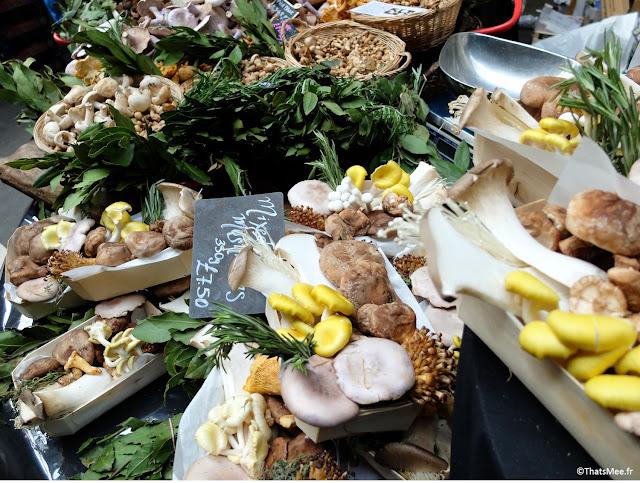 Stand de champignons au Borough Market marché couvert food gastronomie Londres