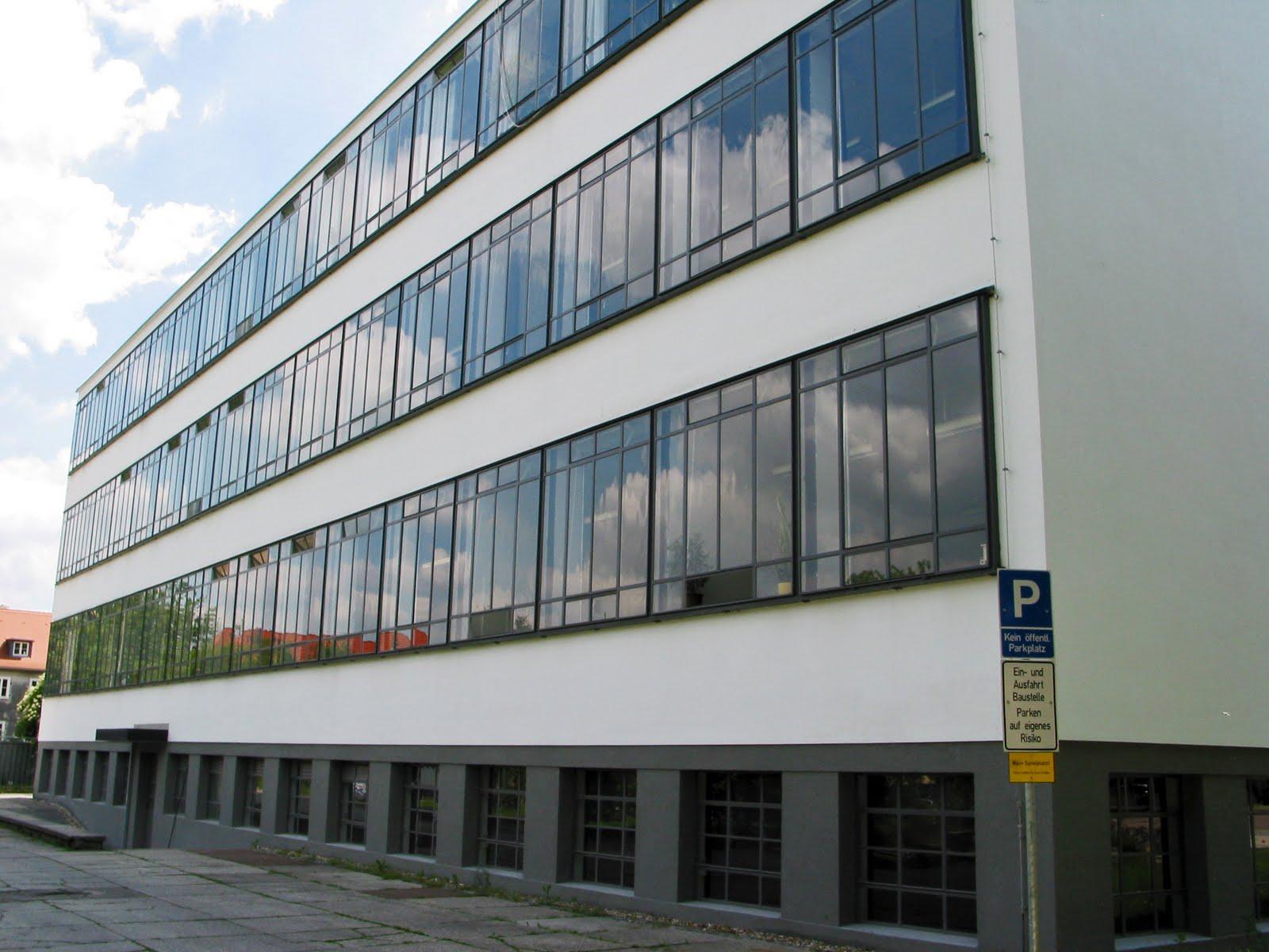 Relatarte edificio funcional for Bauhaus berlin edificio