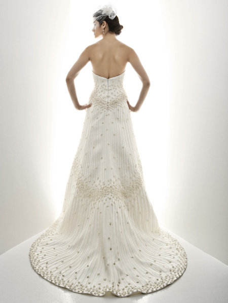 Cheap wedding gowns online blog matthew christopher for Matthew christopher wedding dress prices