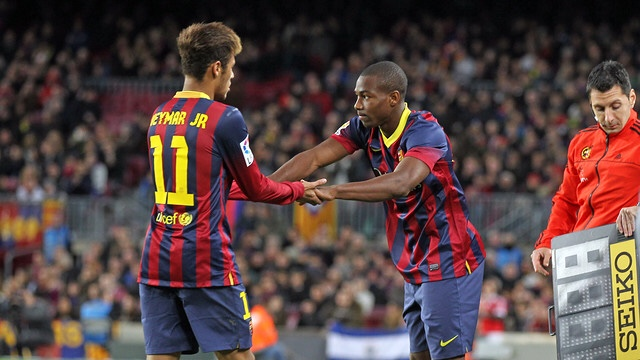 in-adama-s-first-season-he-played-26-games-scoring-5-for-barcelona-b-finishing-in-4th-spot-in-the-segunda-division-and-picking-up-the-uefa-youth-league-in