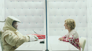 Laurence Fishburne and Lin Shaye in THE SIGNAL