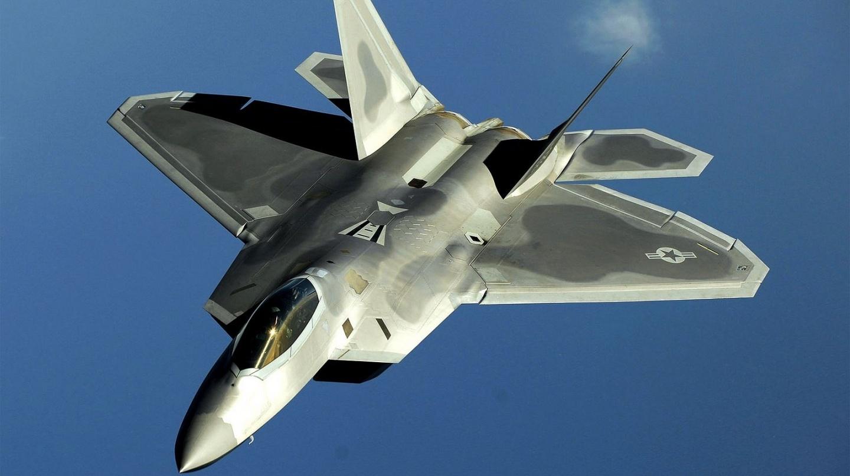 http://2.bp.blogspot.com/-a9g737YXRNc/ThHkUHpP_dI/AAAAAAAAF0g/bnTouceBKio/s1600/1440x808_f22_raptor_91234_aircraft-wallpaper.jpg