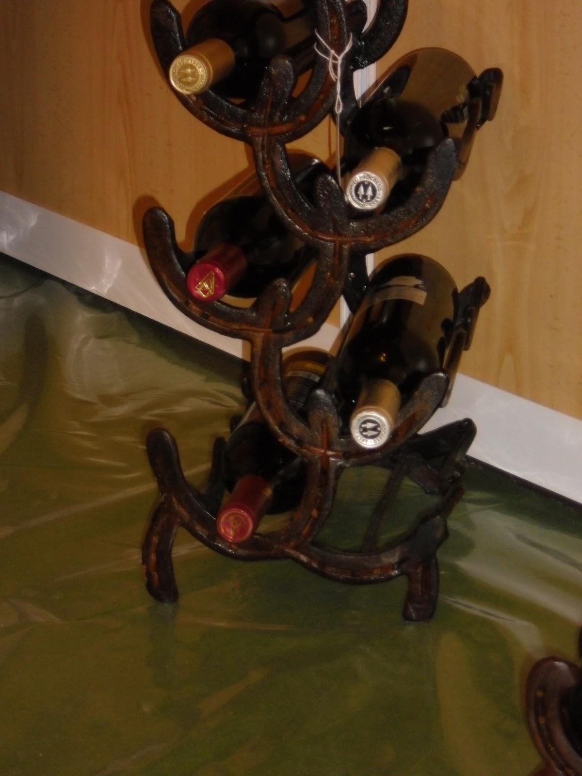 Adornos rusticos con herraduras botelleros - Botelleros rusticos ...