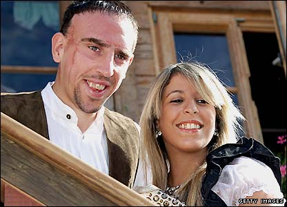 franck ribery with wife pics football stars wallpapers