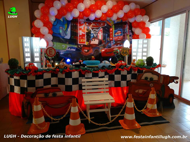 tema Carros para decoração de festa de aniversário infantil de meninos