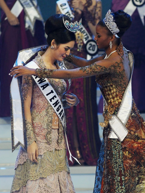 Miss Universe Indonesia 2012,Leila Lopes, miss universe 2011 winner