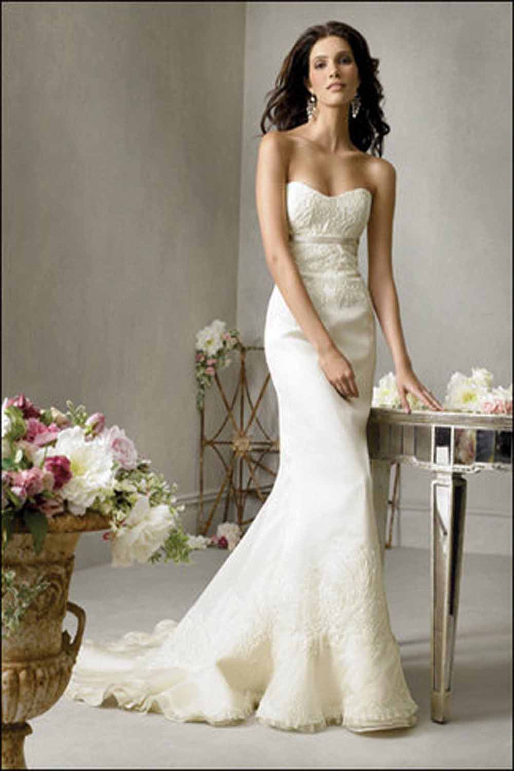 Browse beautiful Mermaid wedding dresses and find the perfect gown to suit your bridal style. Choose from s of bridal gowns and then find your nearest stockist.