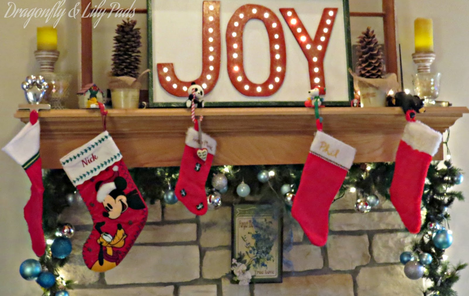 Joy Marquee Sign, Christmas Mantel, DecoArt Champagne Craft Twinkle Paint, Letters Edge of Frame