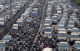Bagaimana Kita Sholat Ketika Terjebak Kemacetan?