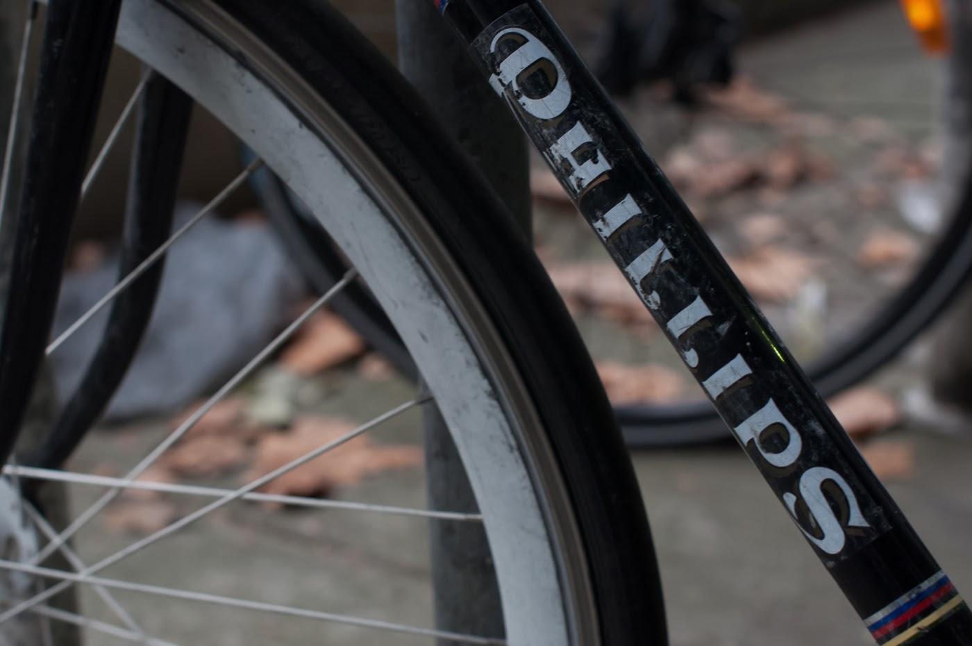 single speed, bike, bicycle, tim macauley, the biketorialist, melbourne, road bike, conversion,  custom, phillips, vintage, decal, sticker, down tube, logo