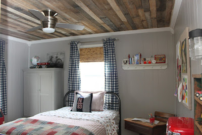 Creative and Functional Reuses of Pallets (20) 17