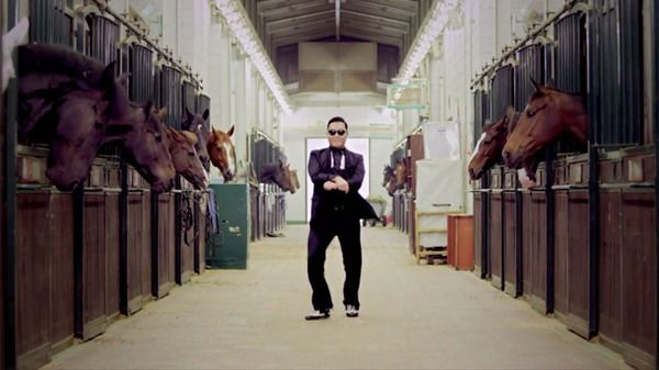 5 Tempat yang Mendadak Terkenal Karena Lagu Gangnam Style: Royal Saddle Riding Horse Club
