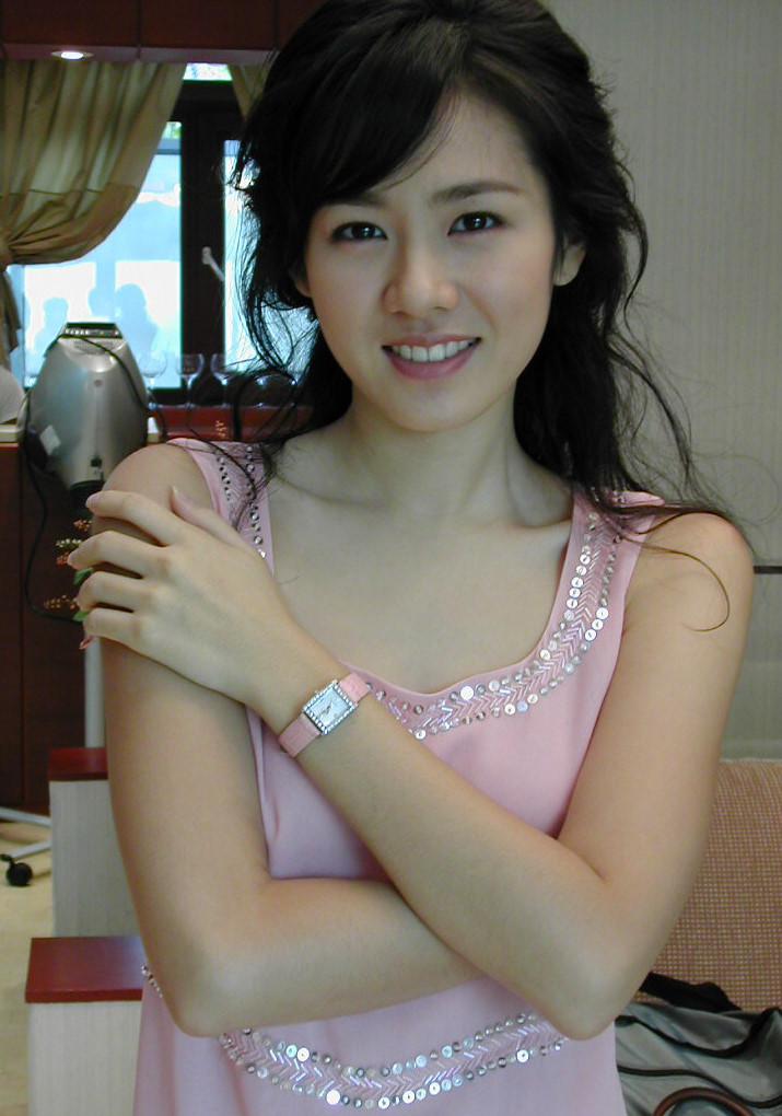 son ye jin salah satu wanita tercantik korea foto foto