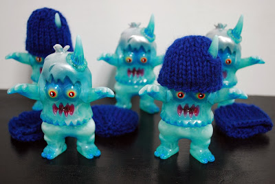 """Glacier Beast"" Christmas Ugly Unicorn Vinyl Figure by Rampage Toys"