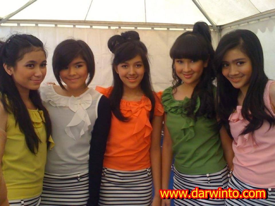 Foto Terbaru Sivia Blink Girlband Indonesia | Genuardis Portal