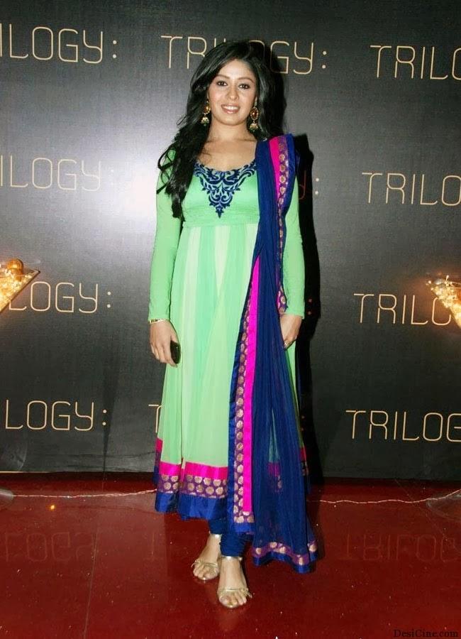 20+Hot+Female+Singers+Of+Bollywood003