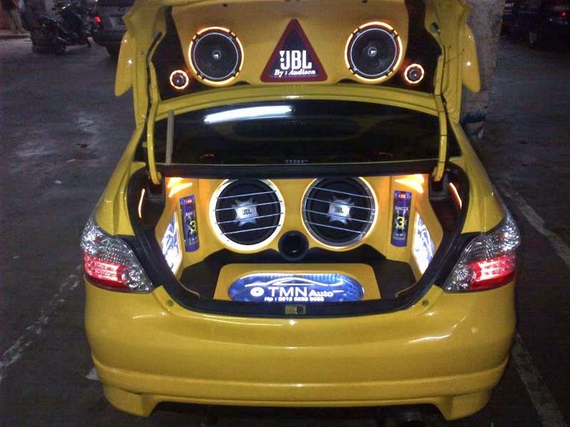 modifikasi audio mobil toyota vios