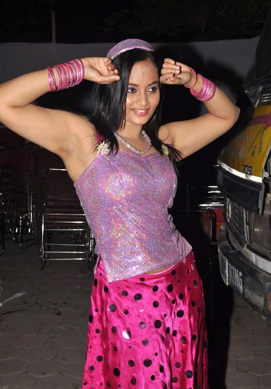 Tamil Sexy Item Girl Suja StillsSuja Latest Hot Stills Gallery unseen pics