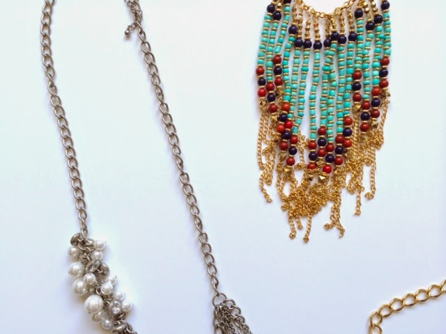How to Style Big Necklaces
