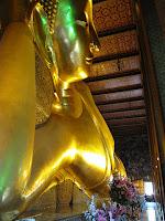 wat pho budha statue