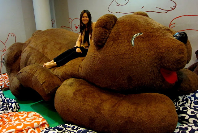 Biggest Teddy Bear In The World This is the biggest teddy bear Giant Stuffed Bear