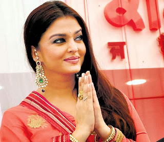 Aishwarya Rai Bachchan inaugurates 52nd store of Kalyan Jewellers in Ludhiana