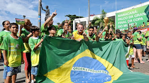 """Maracanã: Cariocas reivindicam jogo do Brasil no estádio em 2014 Campanha """"O Rio merece mais um jog"""