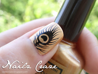 Peacock feather stamping plate - Nailz Craze