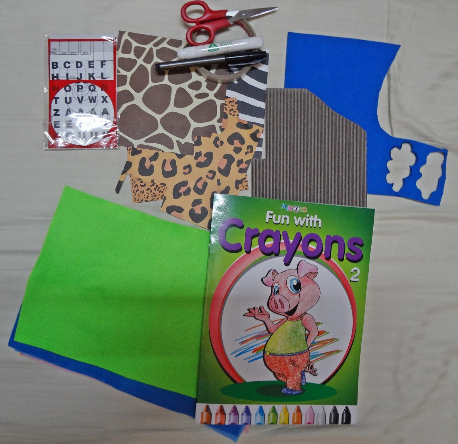 Jungle scrapbook ideas -  The Gift We Decided For Him Was A Bag With Mowgli And Balloo From Jungle Book Along With This We Made A Personalised Scrapbook