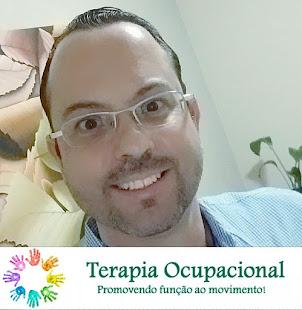Terapeuta Ocupacional Neuropediátrico, Brinquedista pela ABBri e Formação no Método Modelo Lúdico