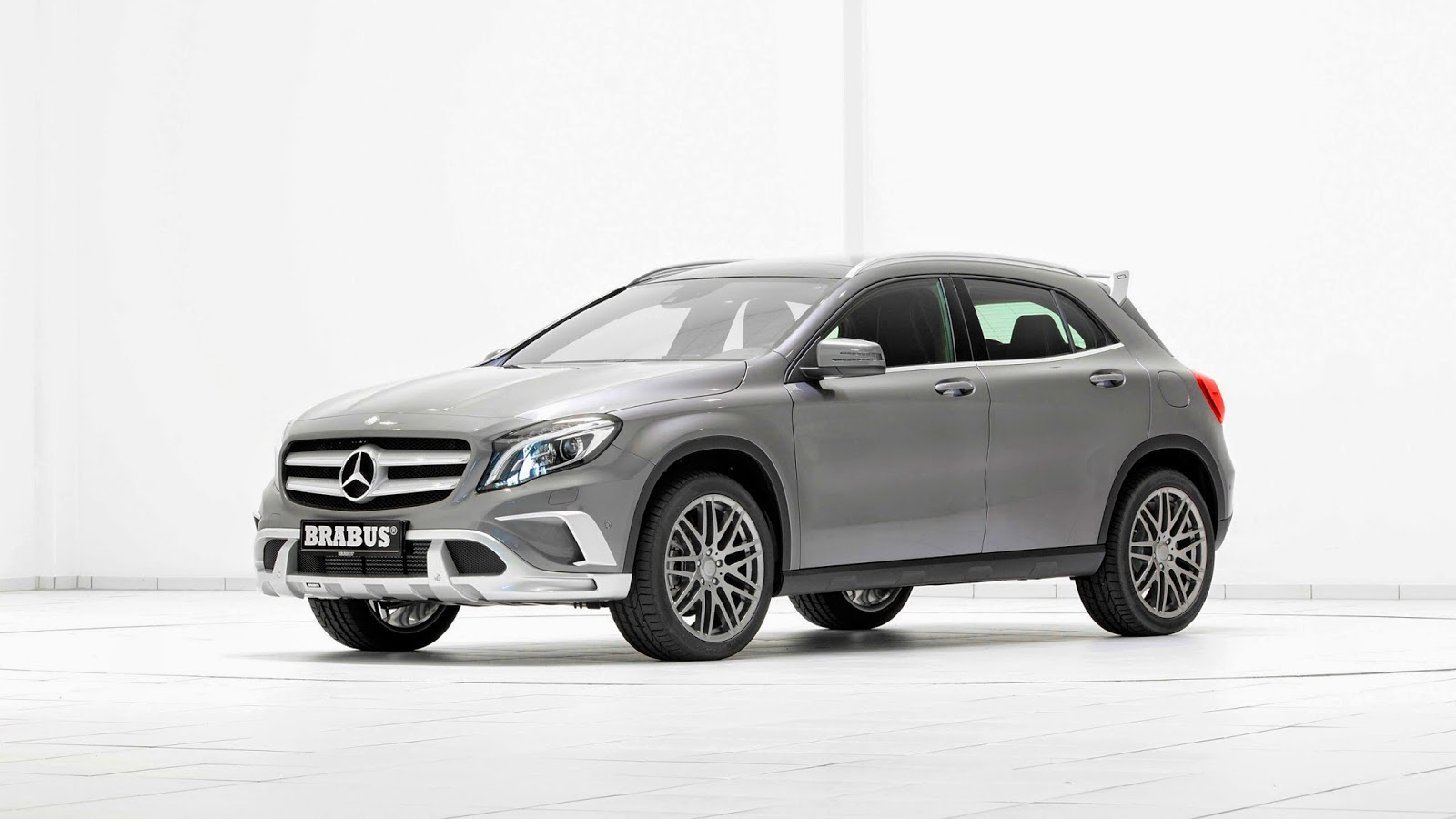 brabus mercedes benz classe gla 2014 carwp. Black Bedroom Furniture Sets. Home Design Ideas