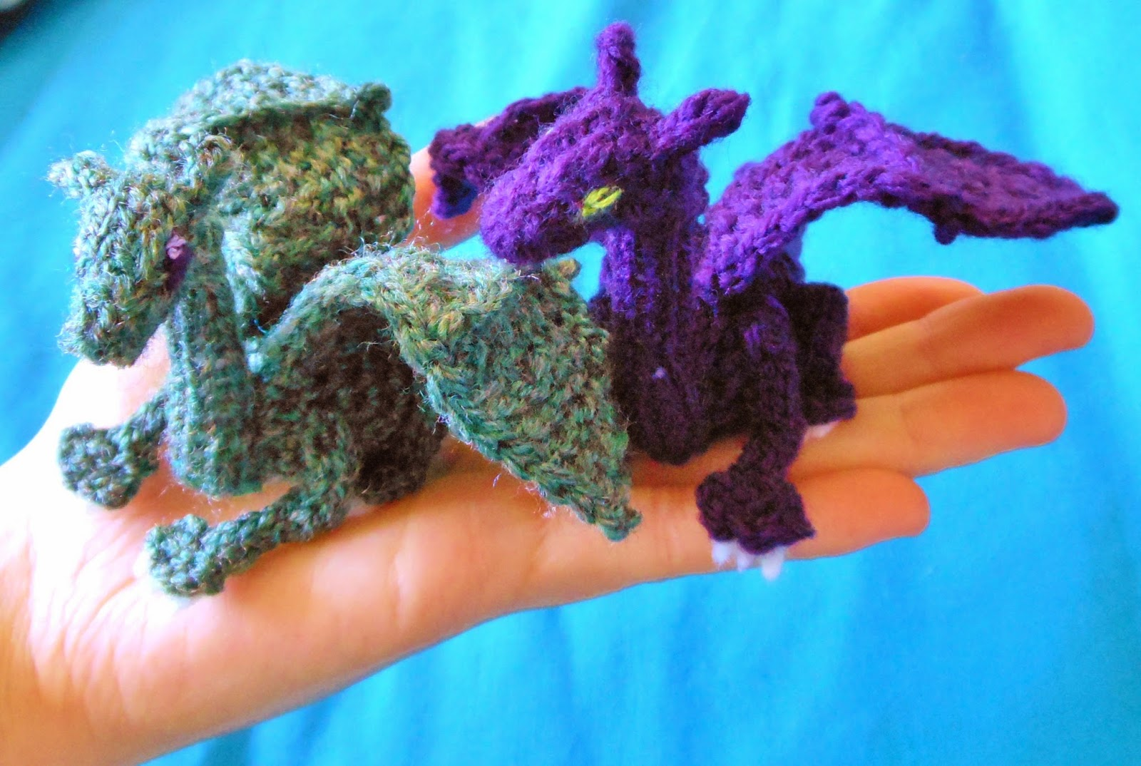 Knit Dragon Pattern : Crafty Mutt: Baby Dragon Palm Pal Knit+Crochet Pattern