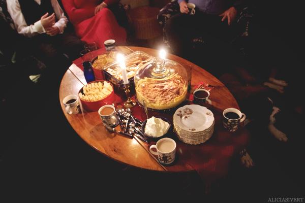 aliciasivert, alicia sivertsson, christmas, jul, julafton, körsbärskaka, fika, cherry cake, lussebullar, saffransbröd, pepparkakor, gingerbread