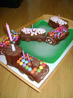 http://homecomforts-gbsbaby.blogspot.co.uk/2011/06/no-bake-chocolate-train-carriages-cake.html