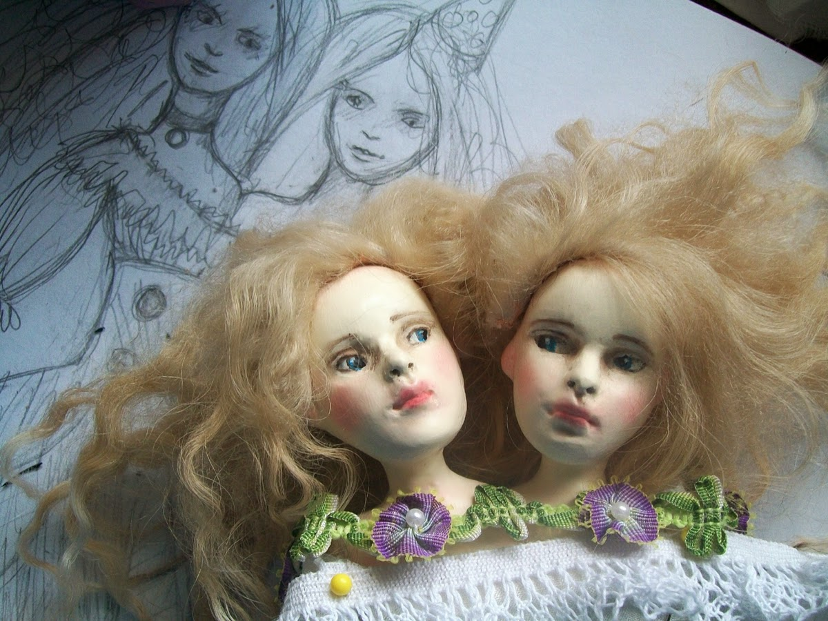 Rhissanna: Conjoined Twins and three years of blogging.!