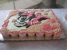 Pastel de Cupcakes de Minnie Mousse
