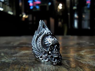 日本雕刻家杉山孝博的銀器品牌Dual Flow新作, 偽神